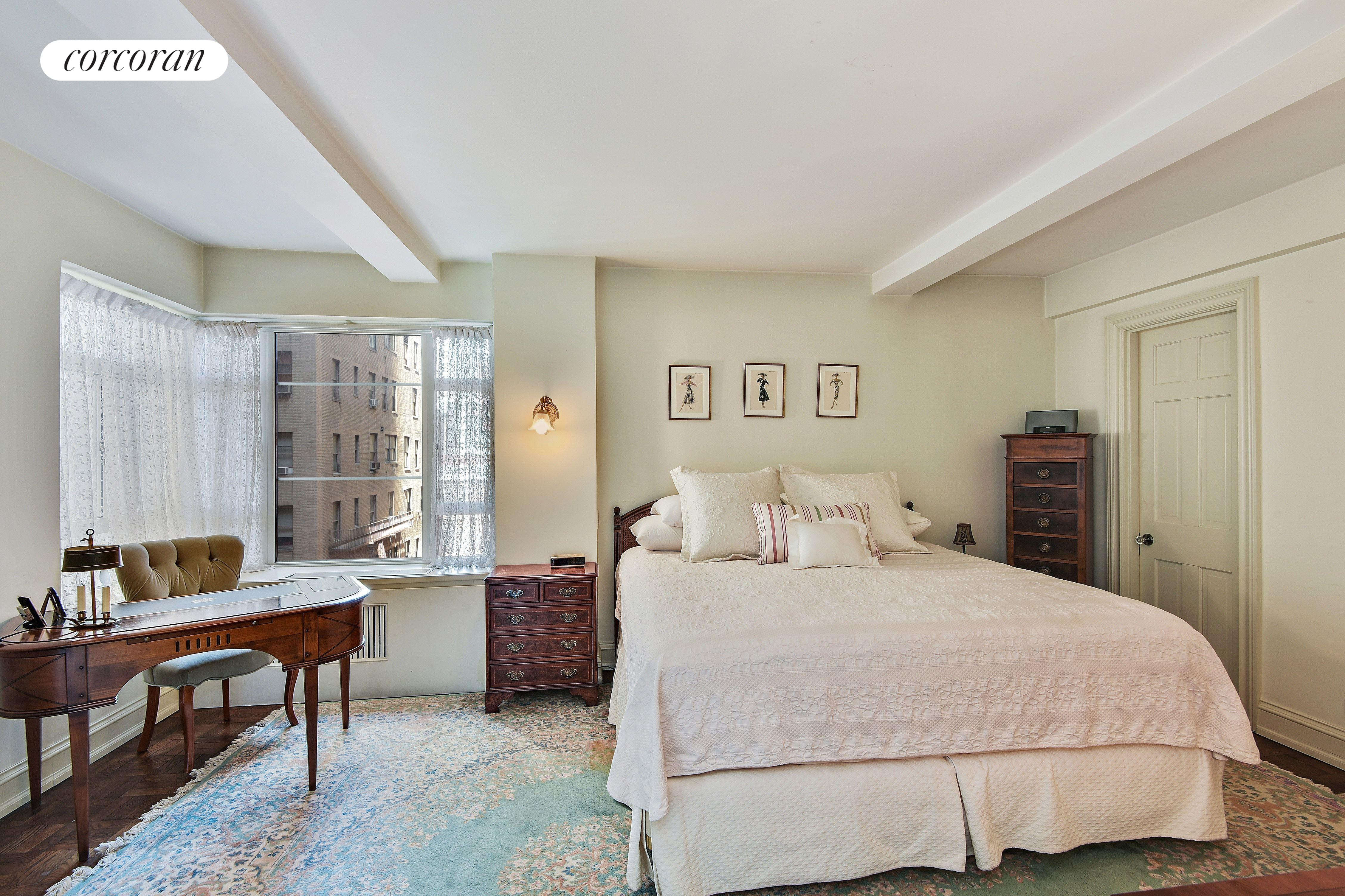 750 Park Avenue, 6BC, Oversized Living Room Overlooking Park Ave!