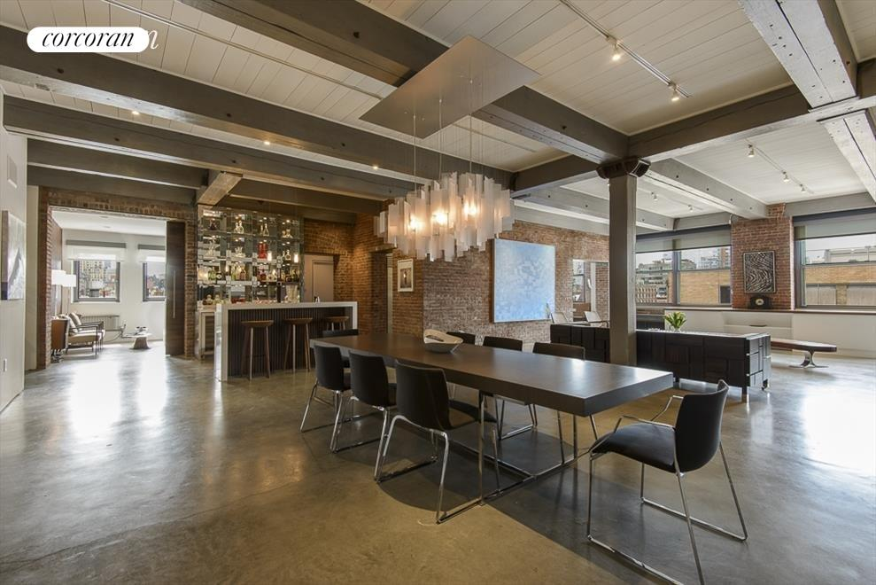 open living/dining plan