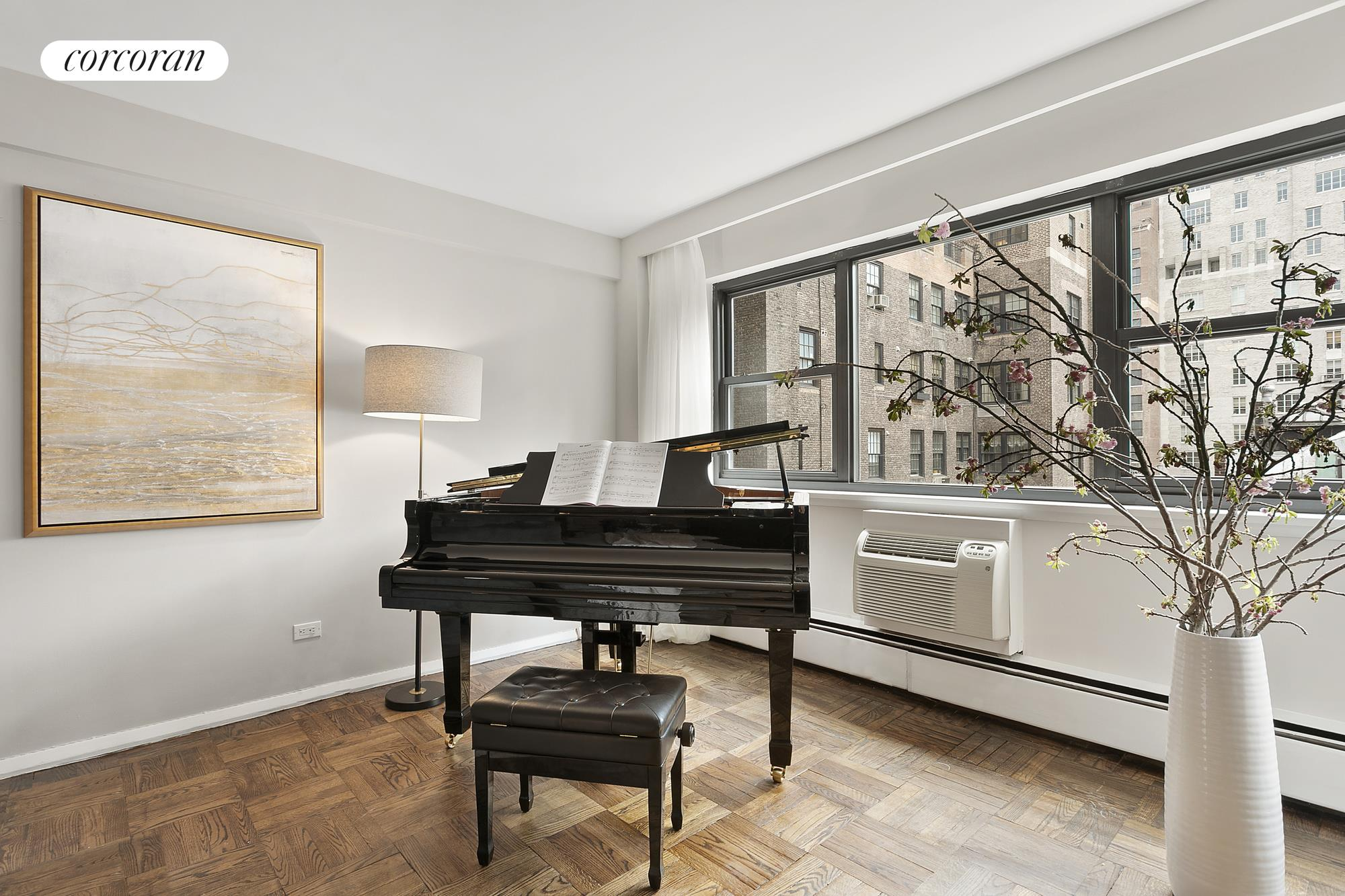 120 East 81st Street, 7a, Living Room