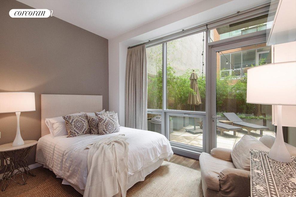 2nd bedroom suite opens onto terrace
