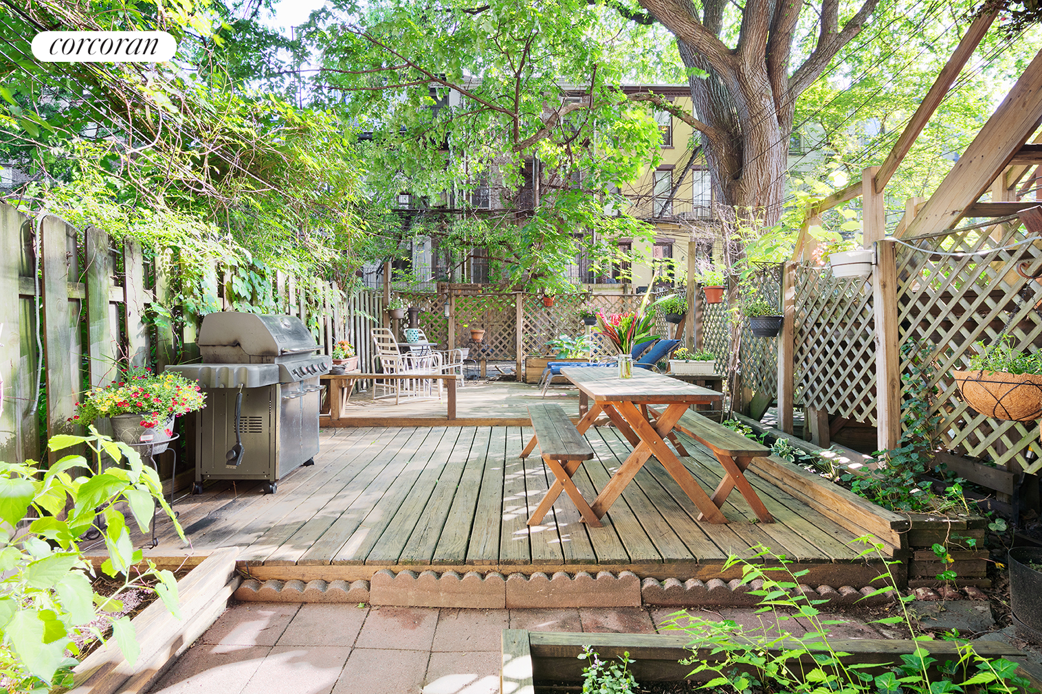 134 Lincoln Place, 1, Outdoor Space