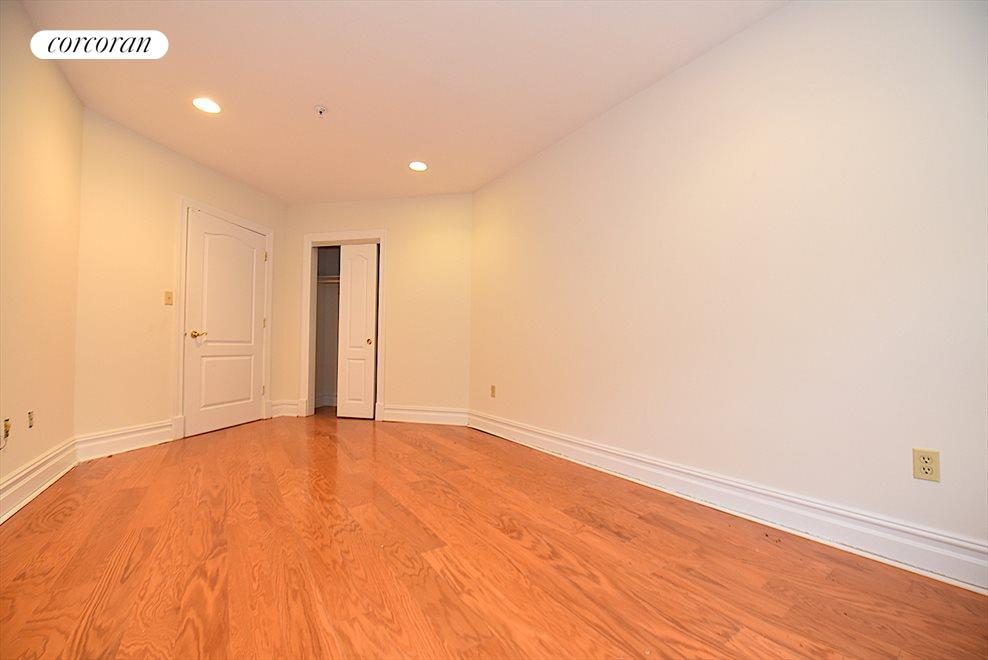 New York City Real Estate | View 19-19 24th Avenue, #L409 | room 7