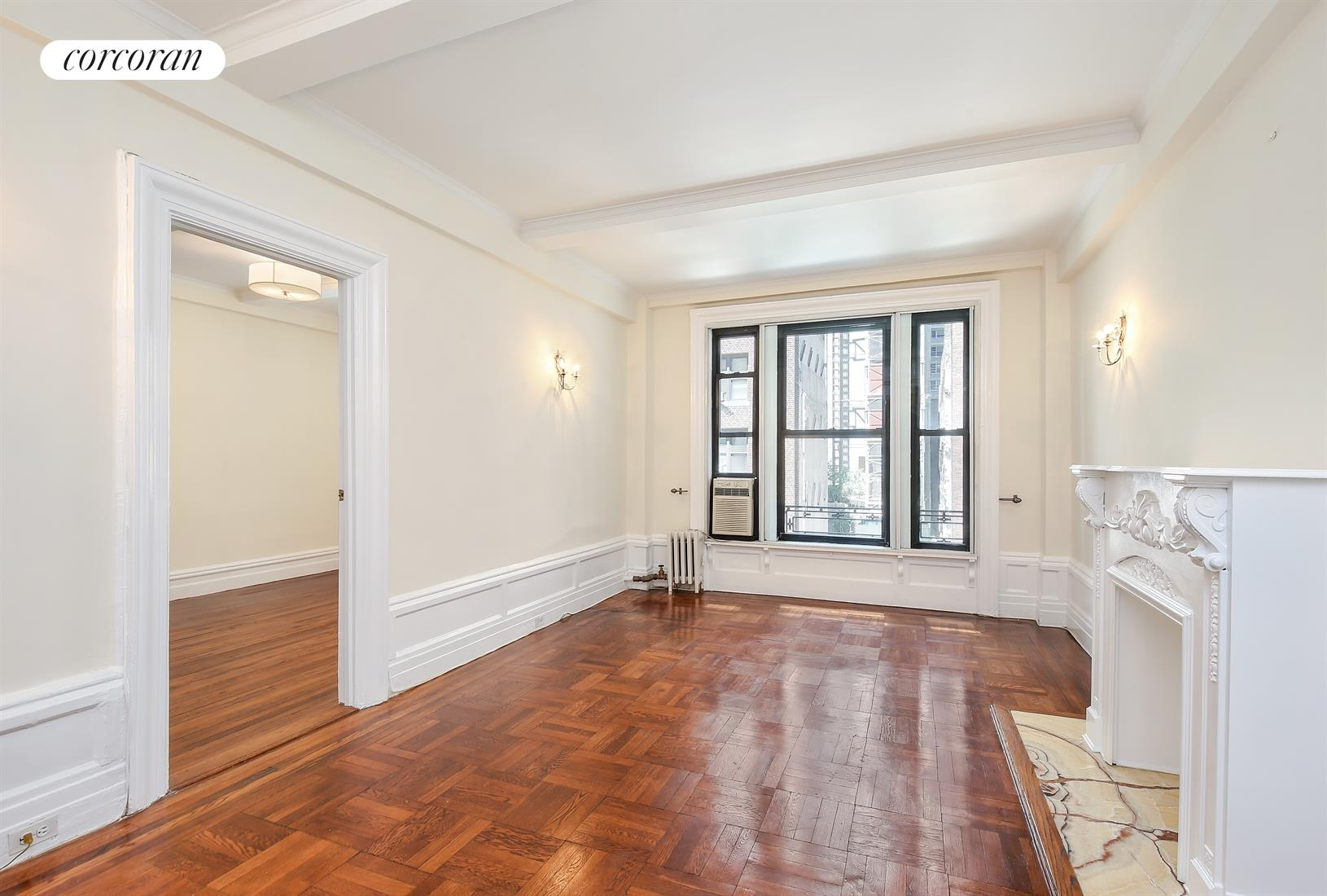 146 East 49th Street, 4B, Living Room