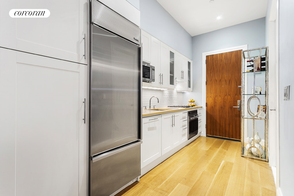 159 West 24th Street, TH-A, Kitchen