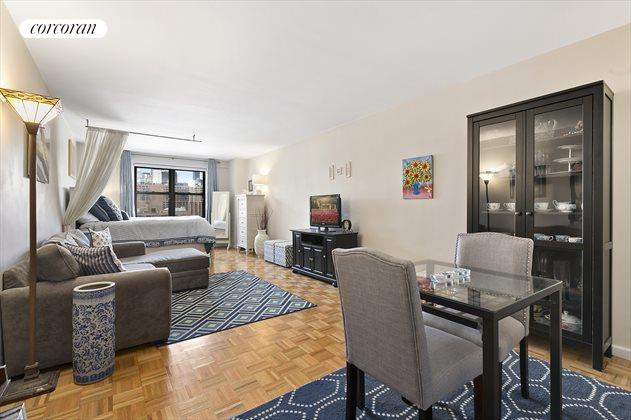 201 East 28th Street, Apt. 12B, Murray Hill