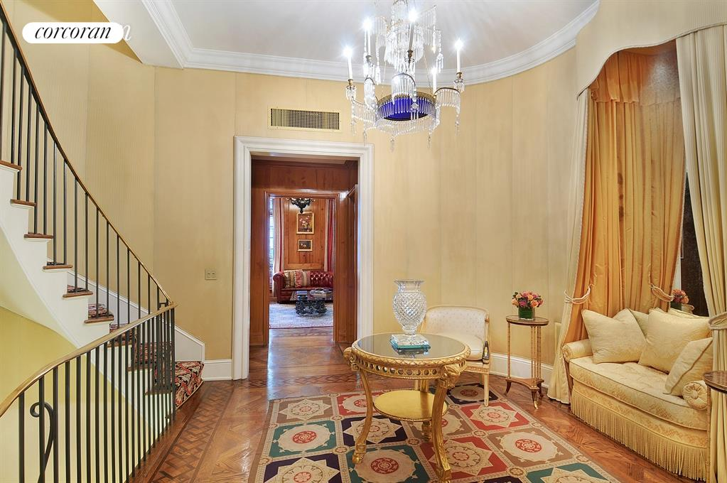 163 East 64th Street, Living Room