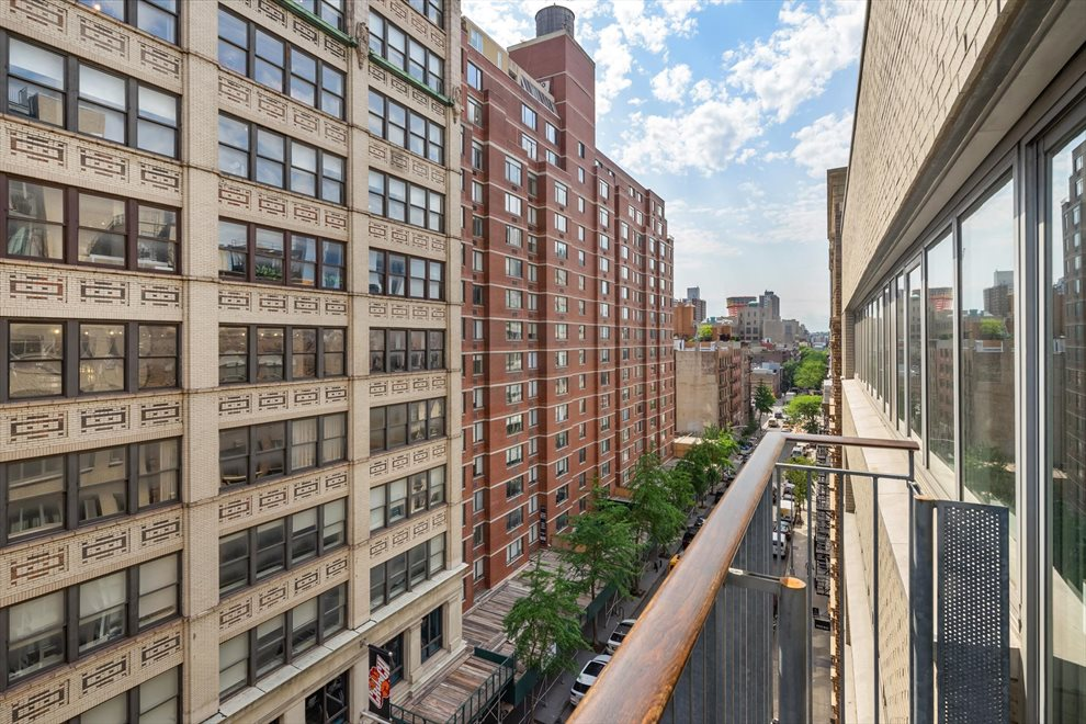 New York City Real Estate | View West 19th Street | room 2