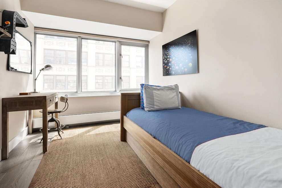New York City Real Estate | View West 19th Street | room 10