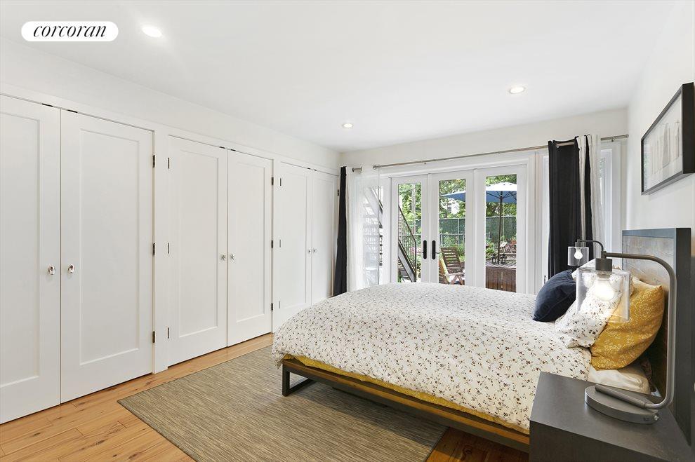 Master Bedroom With Custom Closets
