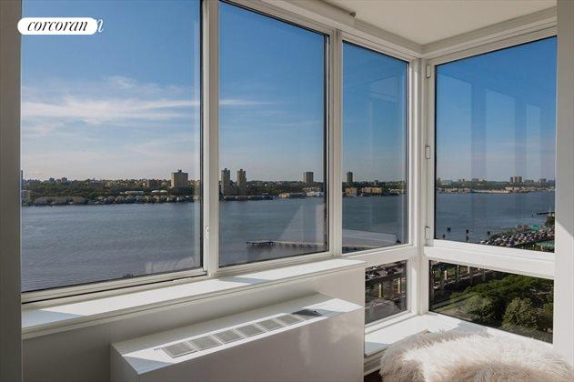 120 Riverside Blvd, Apt. PH3H, Upper West Side