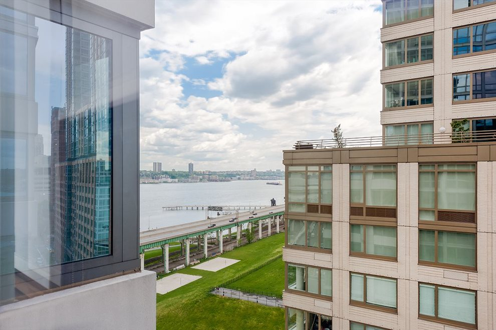 New York City Real Estate | View 80 Riverside Blvd, #14D | room 11