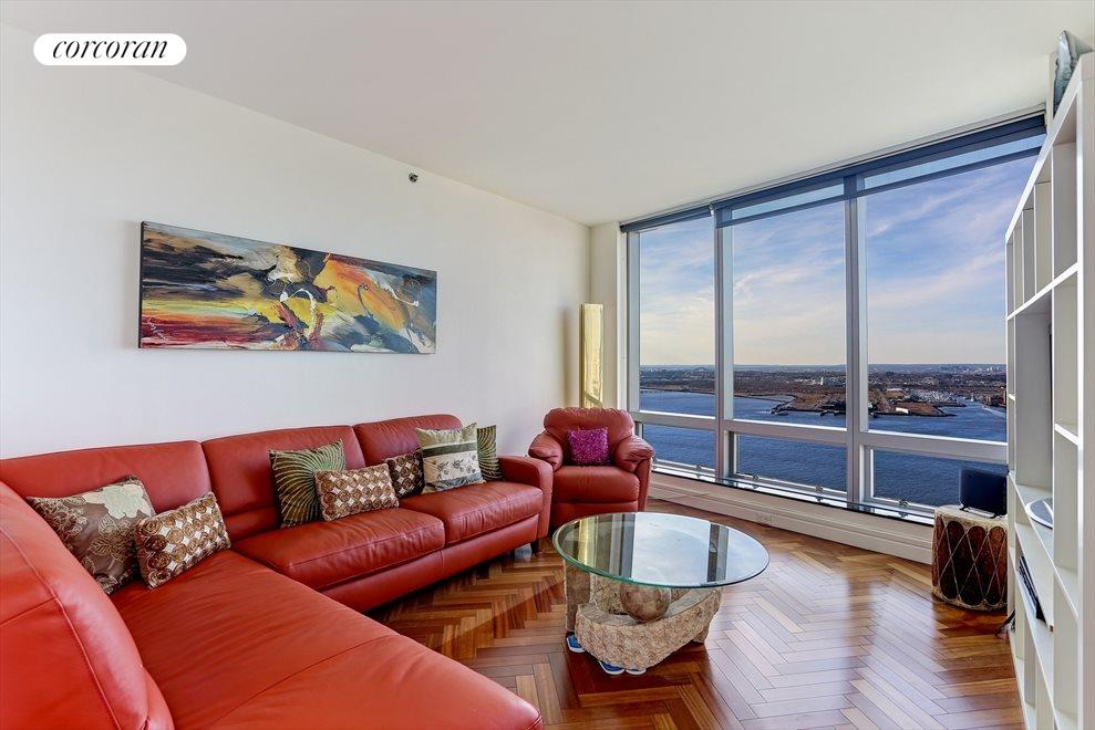 3rd Bedroom with Direct River Views