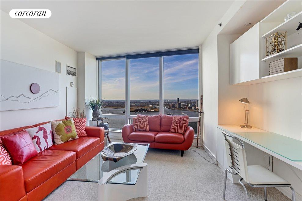 2nd Bedroom with Direct River Views