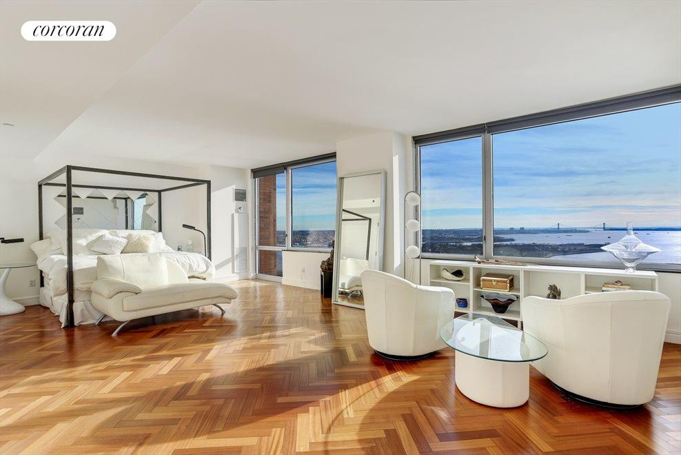Oversized Master Bedroom with Direct River Views