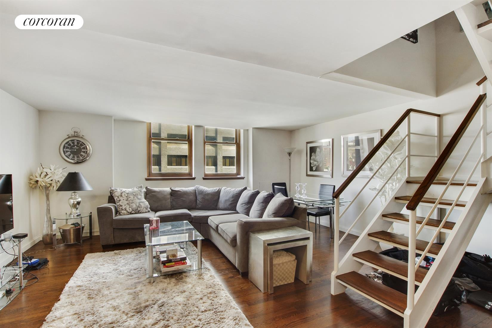305 Second Avenue, 526, Living Room