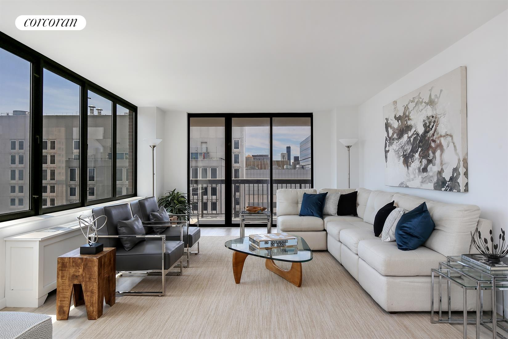 422 East 72nd Street, 31C, Living Room