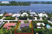 8009 Flagler Court, West Palm Beach