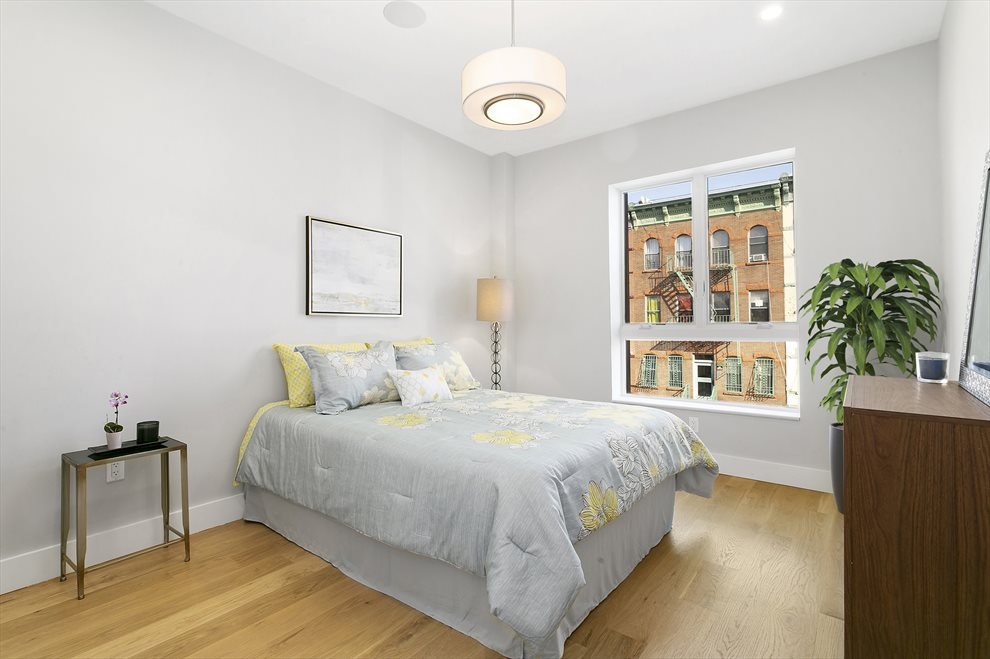 New York City Real Estate | View 139 Grove Street, #3R | room 2