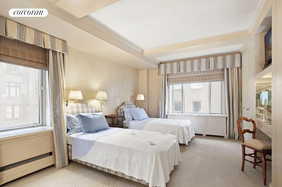 New York City Real Estate | View 3 East 71st Street, #10E | room 1