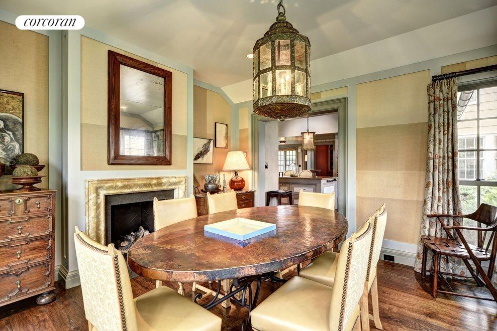 breakfast room with fireplace