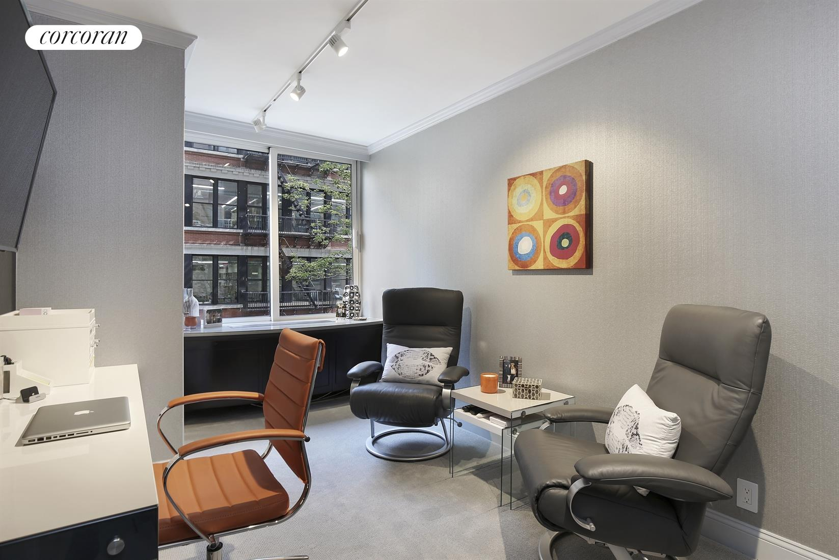 170 East 87th Street, W4C, Living Room
