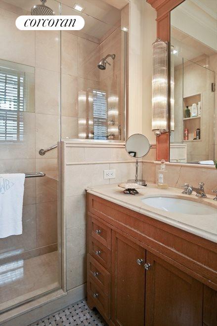 En Suite Second Bath