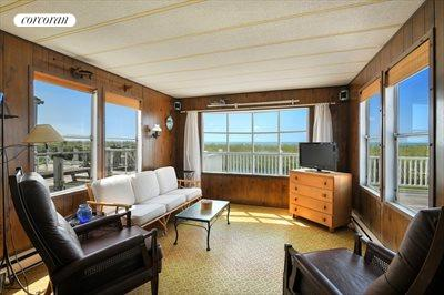 The Hamptons Real Estate | View 100 DeForest Road, Unit #19 | room 4