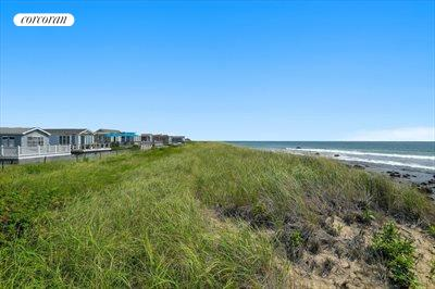 The Hamptons Real Estate | View 100 DeForest Road, Unit #19 | room 8