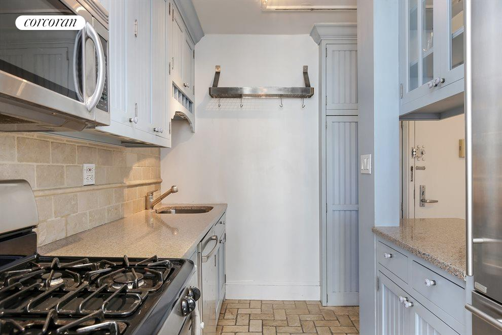 Kitchen with top-of-the-line appliances
