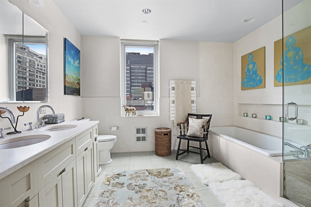 New York City Real Estate | View Union Square South | room 2