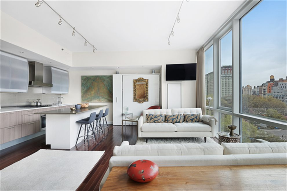 New York City Real Estate | View Union Square South | room 5