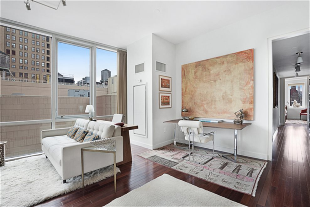 New York City Real Estate | View Union Square South | room 11