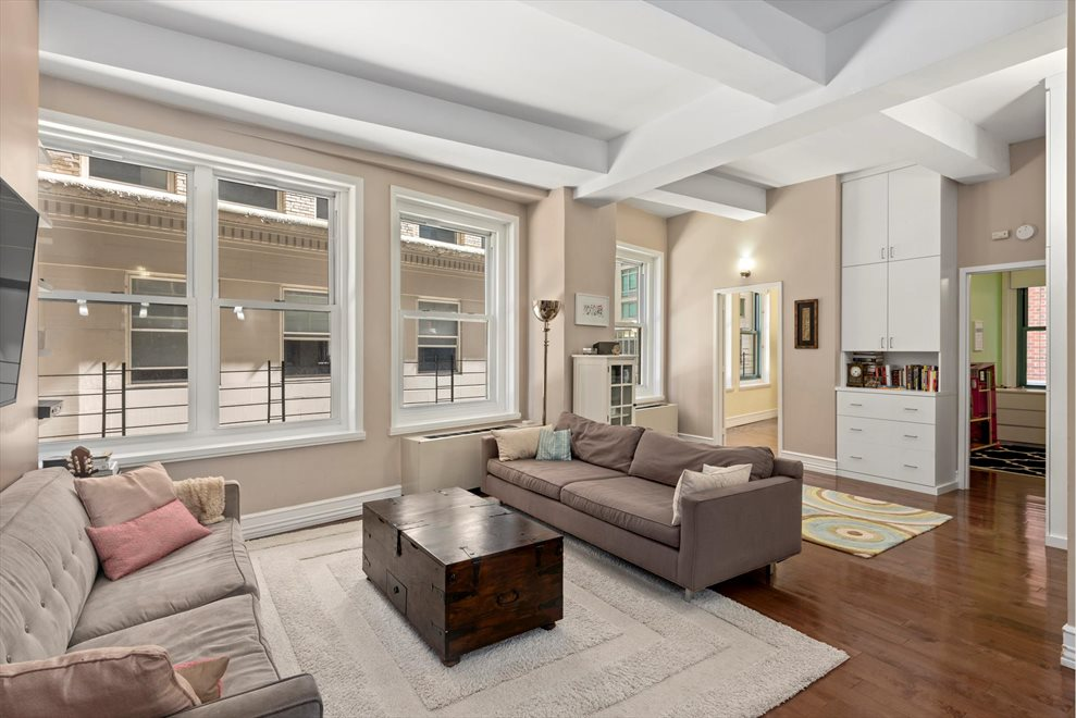 New York City Real Estate | View John Street | room 1