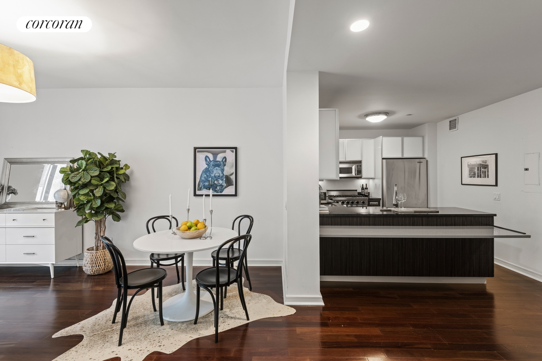 130 West 19th Street, F7, Dining Room