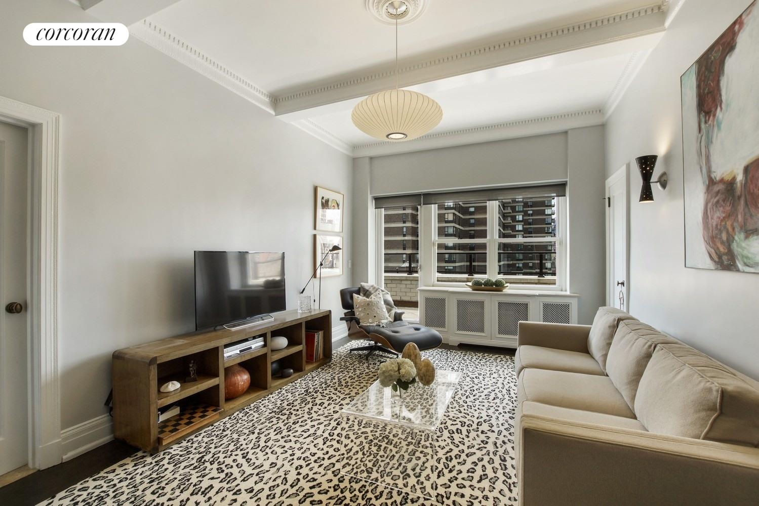 35 Sutton Place, PHD, Living Room
