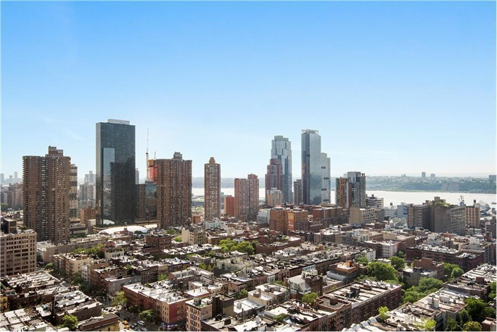 New York City Real Estate | View West 50th Street | room 7