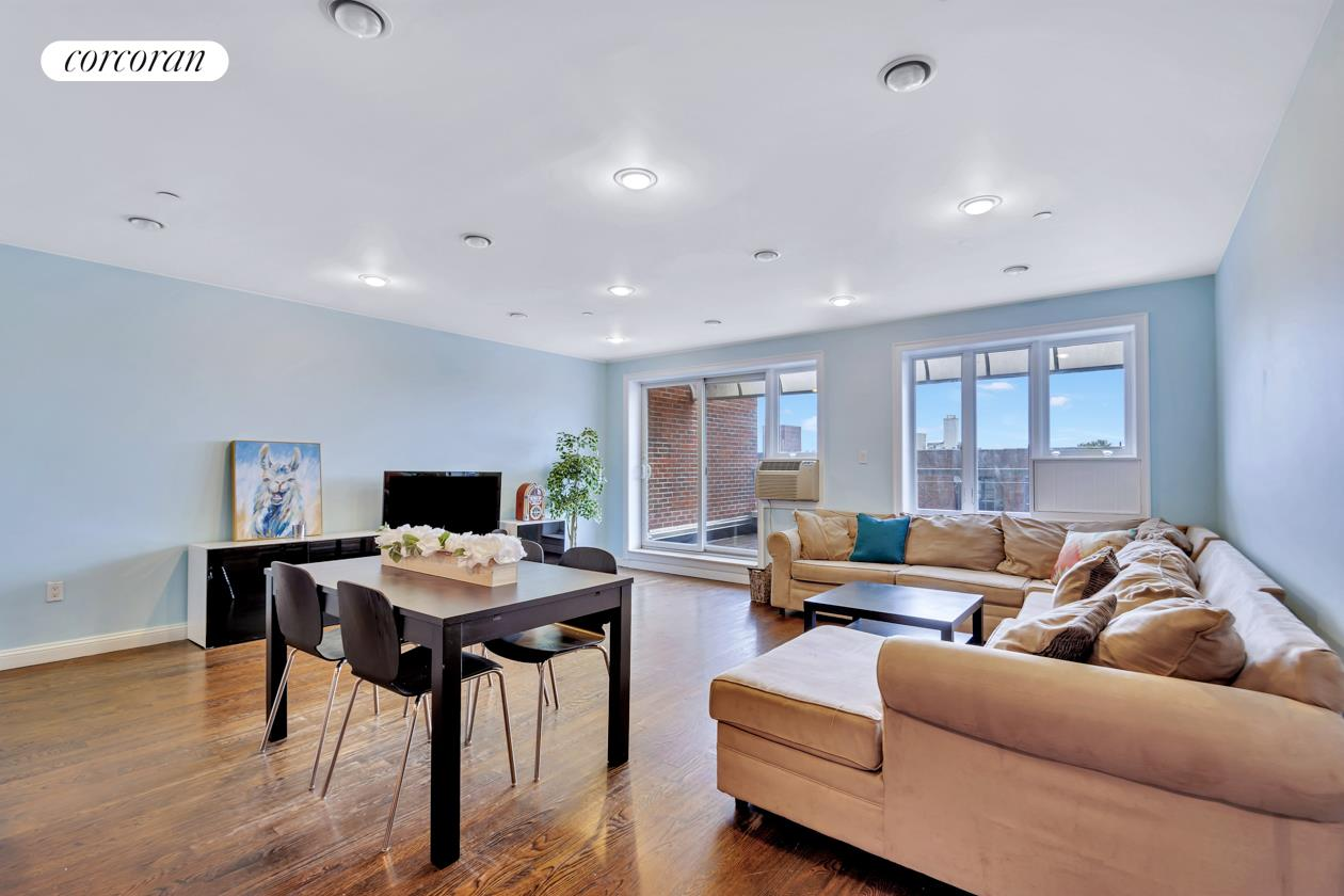 1138 Ocean Avenue, 7F, Sprawling Space