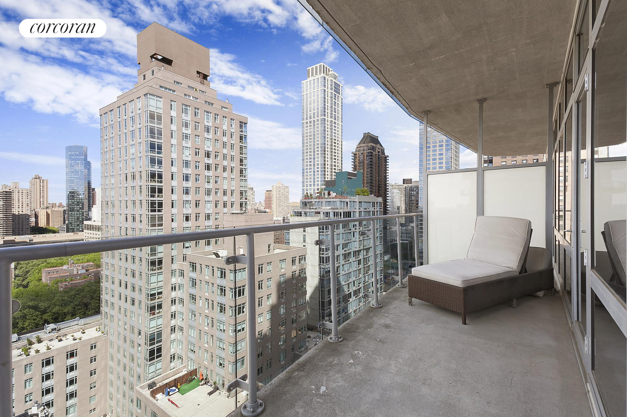 555 West 59th Street, 22A, 1