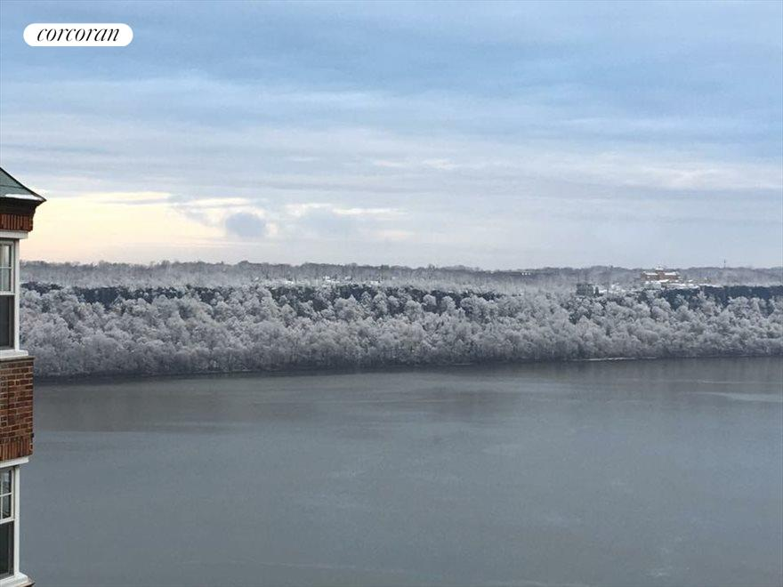 Snowy View of the Palisades Cliffs