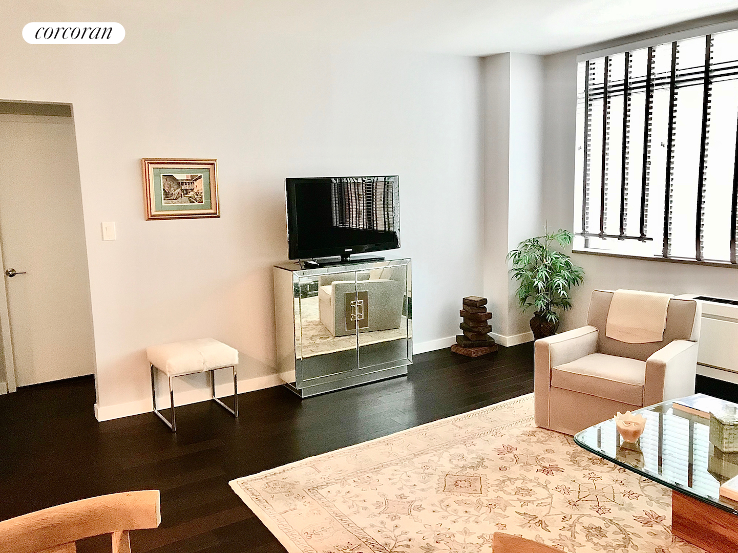 45 West 67th Street, 14F, Living Room