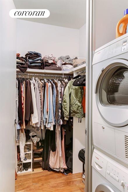 Walk-in-Closet +         Washer & Dryer