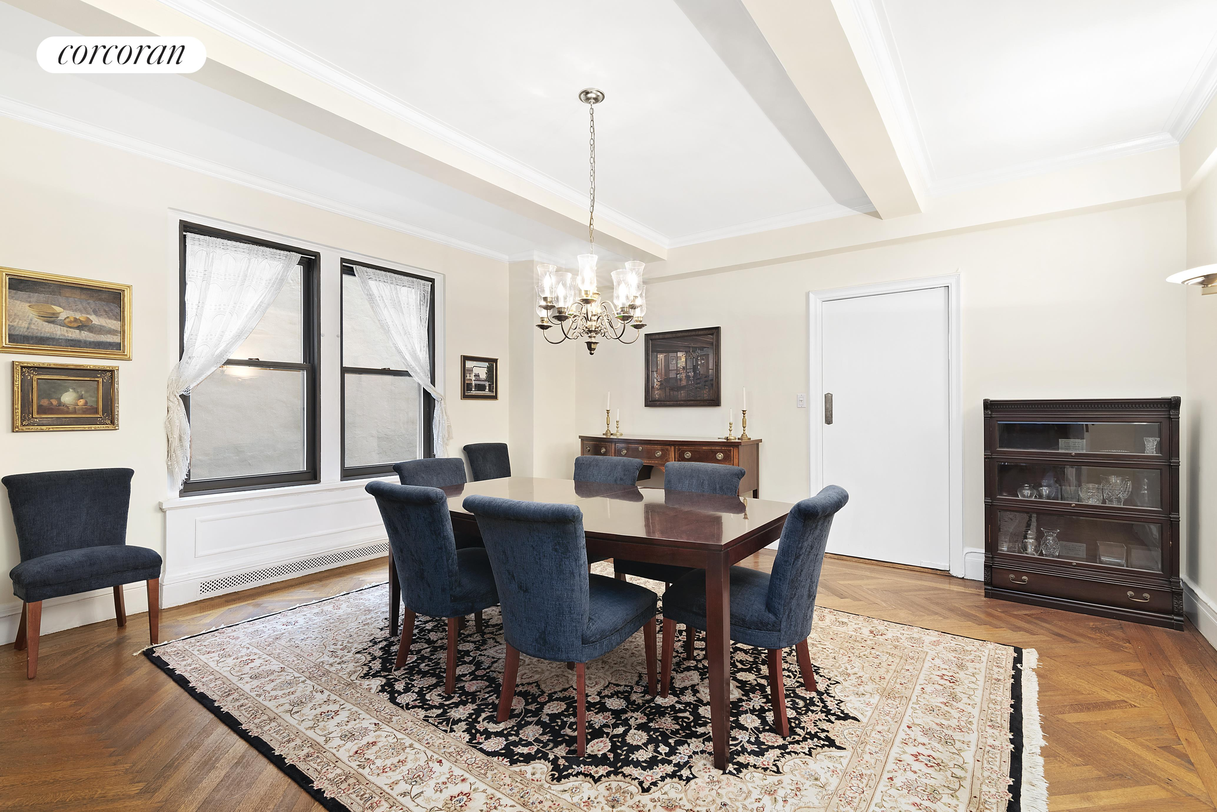 15 West 81st Street, 5E, Grand Scale Living Room with Three Large Windows