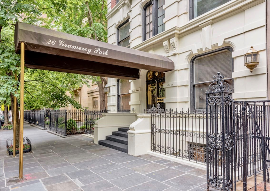 26 Gramercy Park South, 5AB, great room