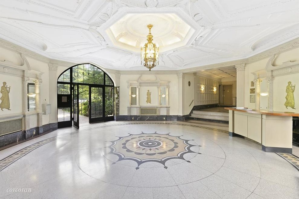 New York City Real Estate | View Eastern Parkway | room 27