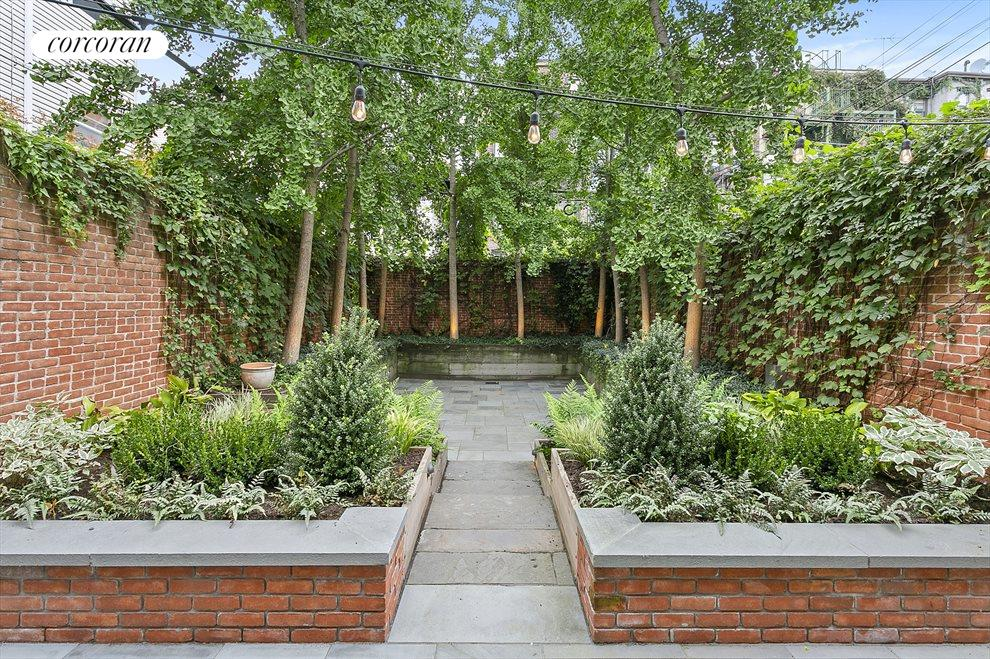 Breathtaking new garden designed for entertaining