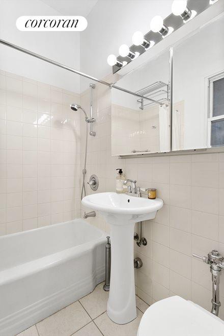 Windowed Bath