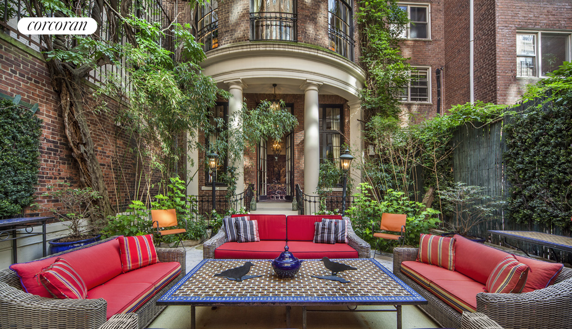 15 East 88th Street, Stately 25 ft. wide Delano & Aldrich Mansion