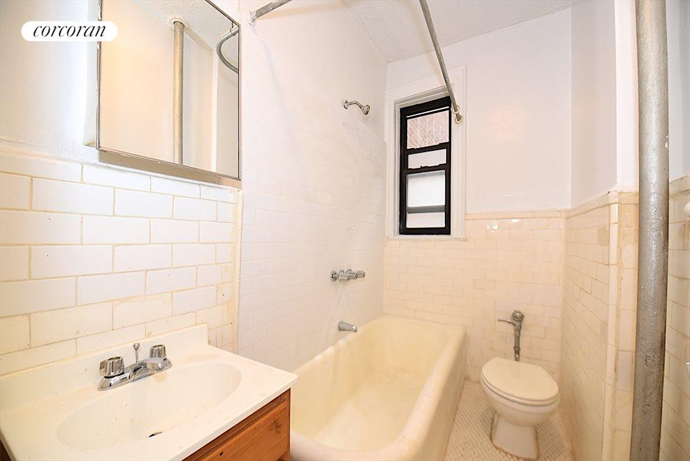 New York City Real Estate | View 31-50 33rd Street, #6A | room 9