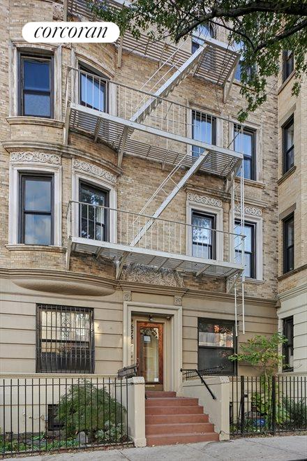 New York City Real Estate | View 675 Vanderbilt Avenue, #1A | Front View