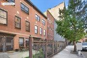 384 South 5th Street, Williamsburg